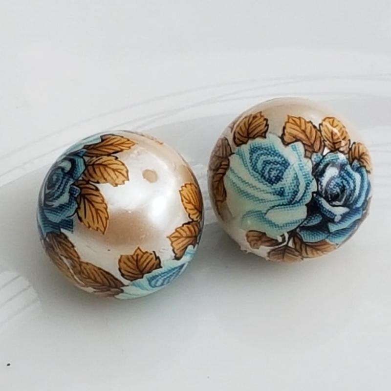 Tensha 16mm pärlmutter helmes siniste roosidega