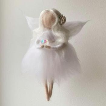 Villahaldjas-sirelimireli-ingel-haldjake-nobiina-tuba-mäkristall-2-1.jpg