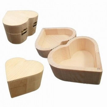 wooden-box-heart-shape-big-20cm-305604-en-G.jpg