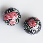 Tensha 16mm must helmes roosade rooside ja kipsilillega